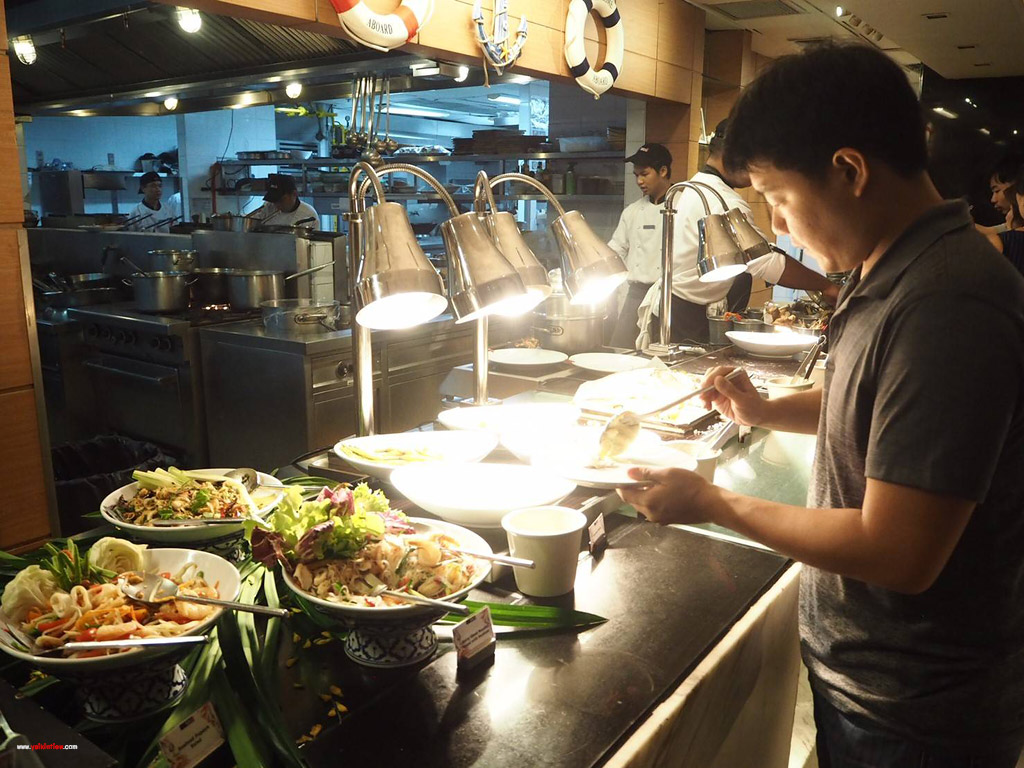 SEA IN THE CITY     All-You-Can-Eat Fresh Seafood